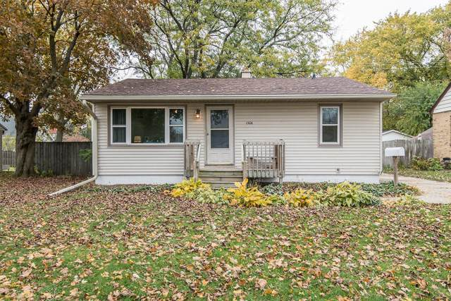 1306 State St, Union Grove, WI 53182 (#1716578) :: RE/MAX Service First