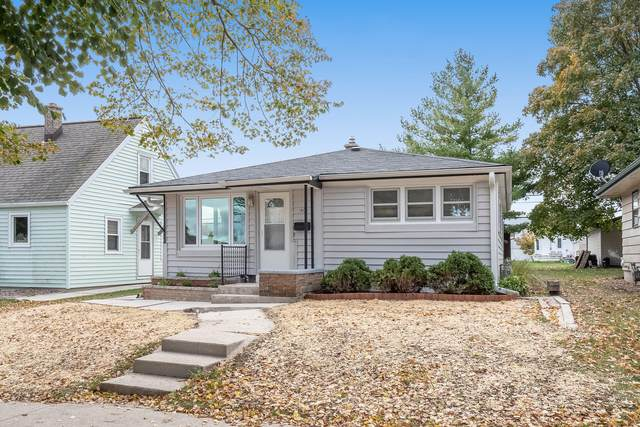 1805 Arizona Ave, Sheboygan, WI 53081 (#1716600) :: RE/MAX Service First Service First Pros