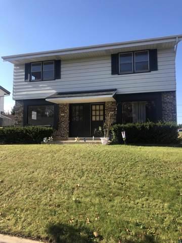 1416 Eder Ln #1418, West Bend, WI 53095 (#1716678) :: Tom Didier Real Estate Team