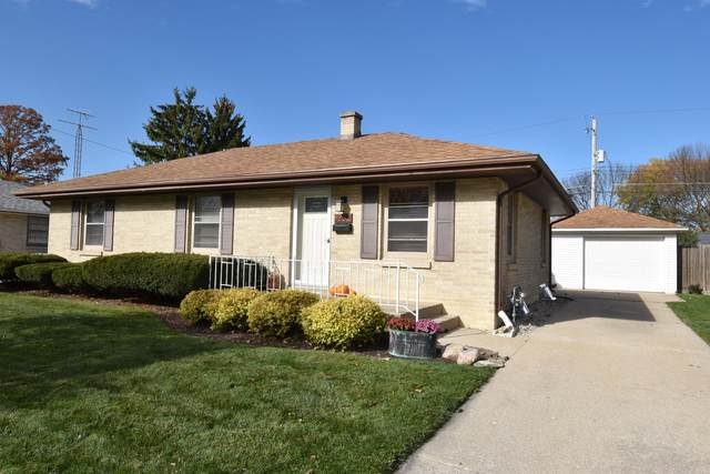 1232 Harmony Dr, Racine, WI 53402 (#1716866) :: RE/MAX Service First Service First Pros
