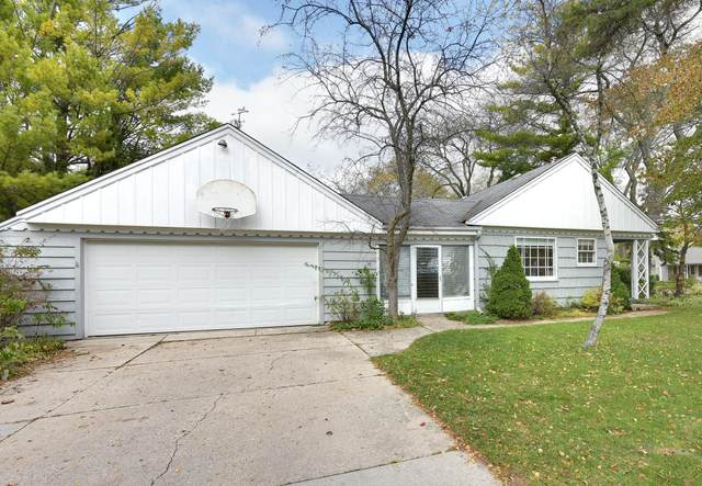 7603 N Fairchild Rd., Fox Point, WI 53217 (#1716868) :: RE/MAX Service First Service First Pros