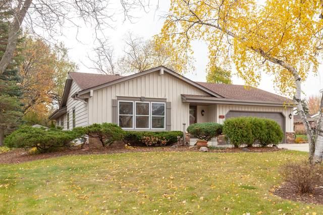 W162N8316 Tamarack Dr, Menomonee Falls, WI 53051 (#1716930) :: OneTrust Real Estate