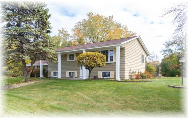 5515 College Point Ct, Caledonia, WI 53402 (#1717090) :: OneTrust Real Estate