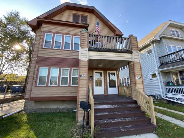 1661 S 79th St, West Allis, WI 53214 (#1717112) :: Tom Didier Real Estate Team