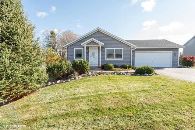 636 Outlook Dr, Twin Lakes, WI 53181 (#1717114) :: RE/MAX Service First Service First Pros