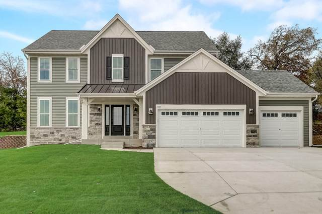743 Stoecker Farm Ave, Mukwonago, WI 53149 (#1717178) :: Tom Didier Real Estate Team