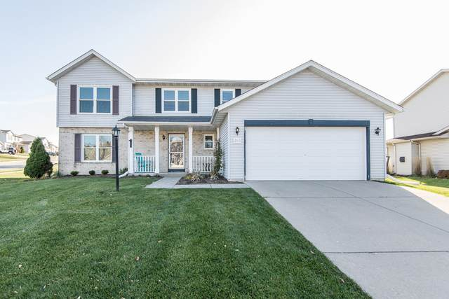 2515 Emslie Dr, Waukesha, WI 53188 (#1717278) :: RE/MAX Service First