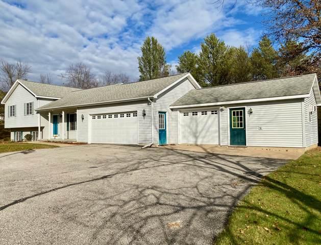 5201 Hallmark Ave, Sparta, WI 54656 (#1717336) :: OneTrust Real Estate