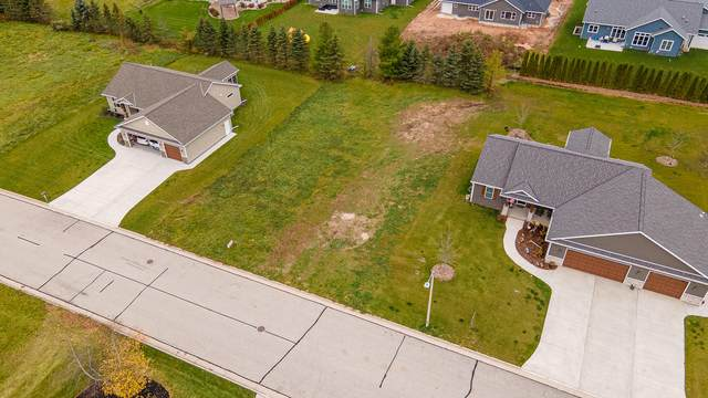 LOT 4 Oriole Ln, Howards Grove, WI 53083 (#1717551) :: RE/MAX Service First