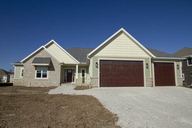 1084 W Morningside Ln, Oak Creek, WI 53154 (#1717980) :: Tom Didier Real Estate Team