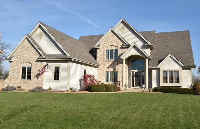 8345 Anna Ave, Norway, WI 53185 (#1718021) :: OneTrust Real Estate