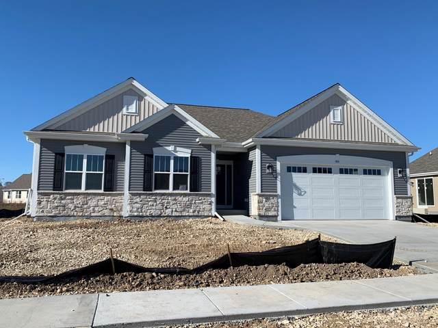 515 Parkview Ln, Slinger, WI 53086 (#1718077) :: Tom Didier Real Estate Team