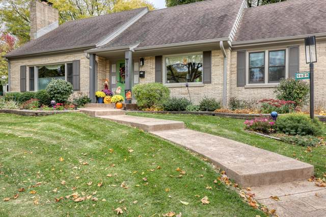 9609 Ridge Blvd, Wauwatosa, WI 53226 (#1718182) :: OneTrust Real Estate