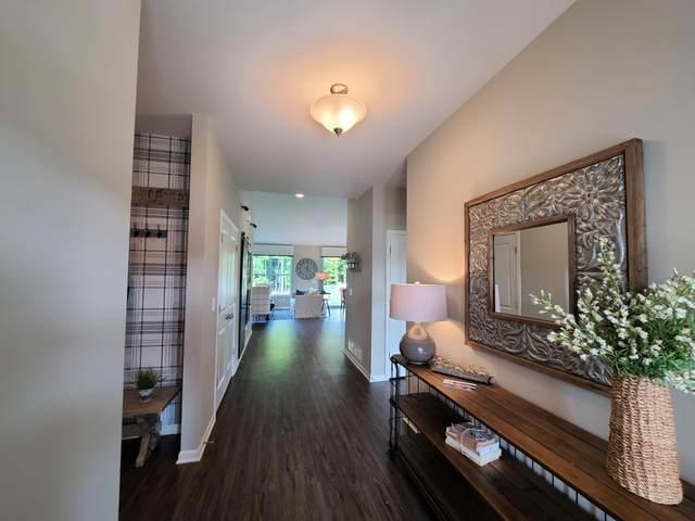 326 Bowing Way, Lake Geneva, WI 53147 (#1718236) :: OneTrust Real Estate