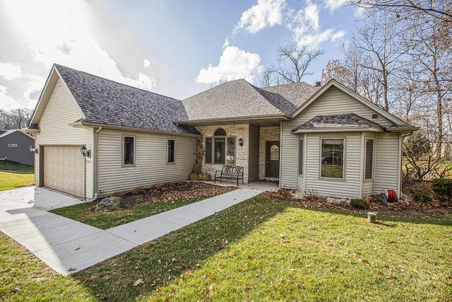 2011 Matthew Ave, Twin Lakes, WI 53181 (#1718441) :: RE/MAX Service First