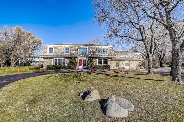 3230 Applegate Ct, Brookfield, WI 53005 (#1718783) :: Tom Didier Real Estate Team