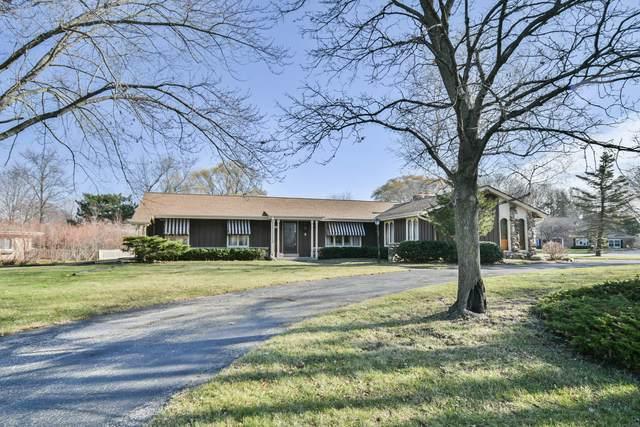 3240 Applegate Ln, Brookfield, WI 53005 (#1718792) :: Tom Didier Real Estate Team
