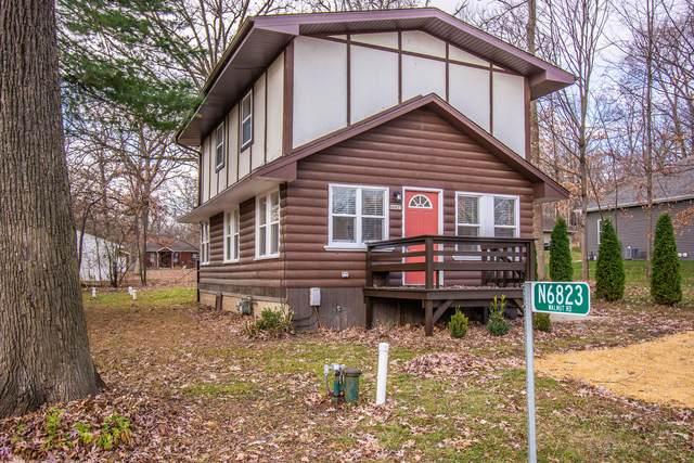 N6823 Walnut Rd, Sugar Creek, WI 53121 (#1718833) :: Tom Didier Real Estate Team