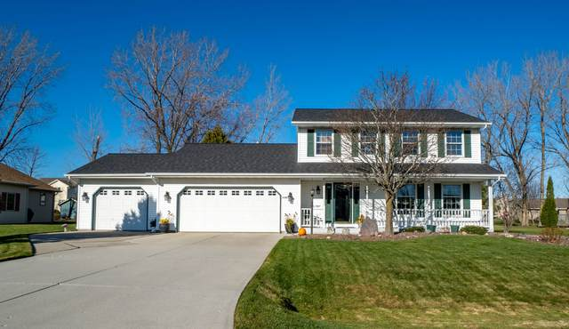2126 Waverly Ct, Sheboygan, WI 53083 (#1719088) :: Tom Didier Real Estate Team