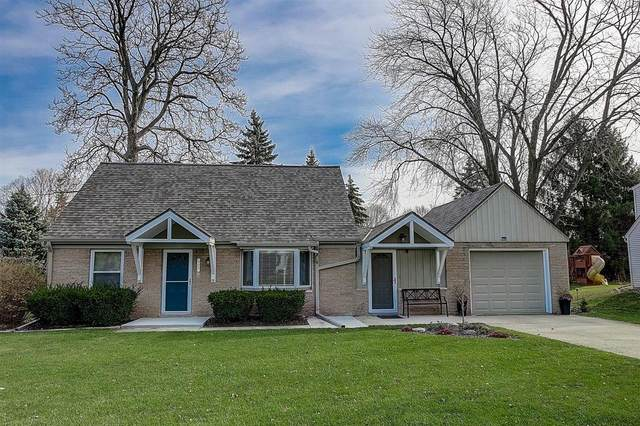 900 Webster Ave, Brookfield, WI 53005 (#1719364) :: OneTrust Real Estate