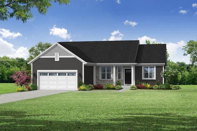 W206N17449 Hidden Creek Rd, Jackson, WI 53037 (#1719430) :: RE/MAX Service First