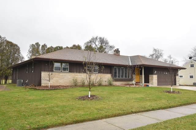 122 Maple St, Belgium, WI 53004 (#1719595) :: Keller Williams Realty - Milwaukee Southwest