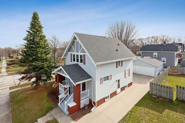 2301 Clark St, Manitowoc, WI 54220 (#1719619) :: OneTrust Real Estate