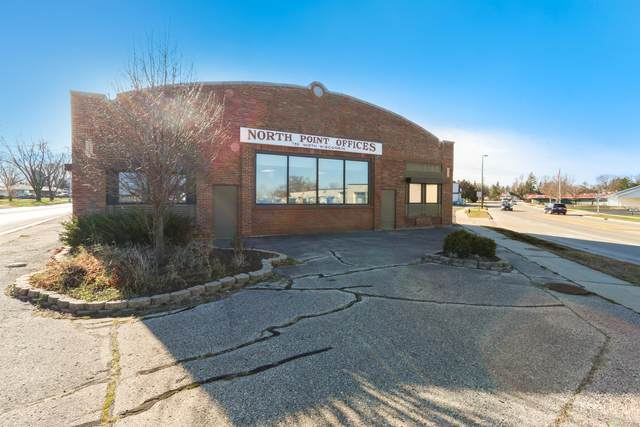 735 N Wisconsin St, Elkhorn, WI 53121 (#1719740) :: RE/MAX Service First
