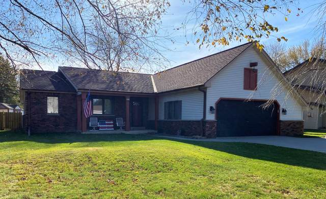 3611 W Wanda Ave, Greenfield, WI 53221 (#1719779) :: RE/MAX Service First