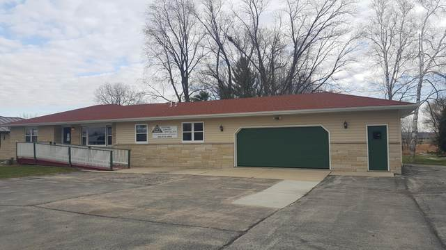 2932 State Highway 83, Hartford, WI 53027 (#1719805) :: RE/MAX Service First