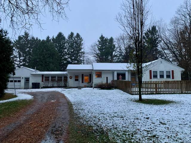 W7239 County Road B, Aztalan, WI 53551 (#1719897) :: RE/MAX Service First