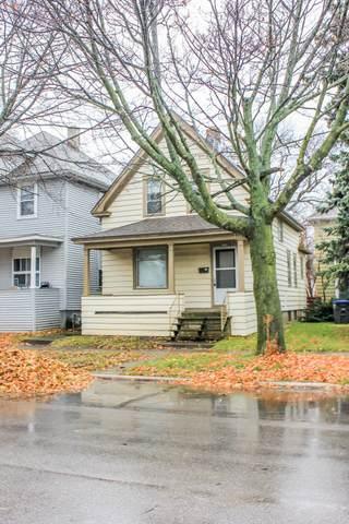 1604 N 10th St, Sheboygan, WI 53081 (#1719908) :: Keller Williams Realty - Milwaukee Southwest