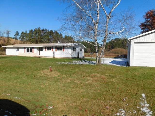 27856 Mainstream Rd, Portland, WI 54653 (#1719929) :: OneTrust Real Estate