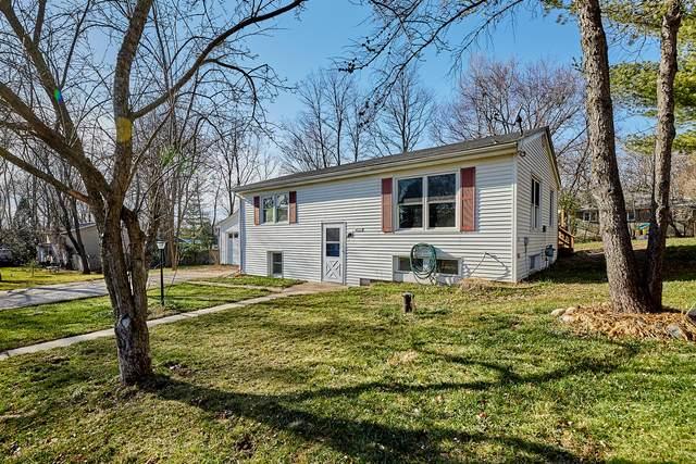 N6573 Cedar Dr, Sugar Creek, WI 53121 (#1719984) :: Keller Williams Realty - Milwaukee Southwest