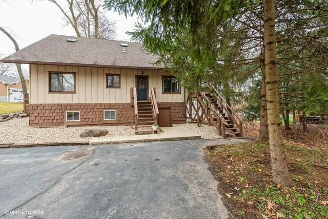 1407 Oak St, Twin Lakes, WI 53181 (#1720067) :: OneTrust Real Estate