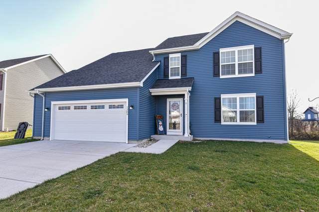 1309 E Longneedle Ln, Elkhorn, WI 53121 (#1720136) :: RE/MAX Service First