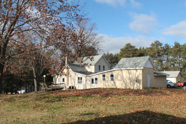 W6132 County Road S, Onalaska, WI 54650 (#1720147) :: OneTrust Real Estate