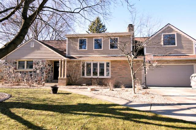 245 N Elmridge Ave, Brookfield, WI 53005 (#1720285) :: OneTrust Real Estate