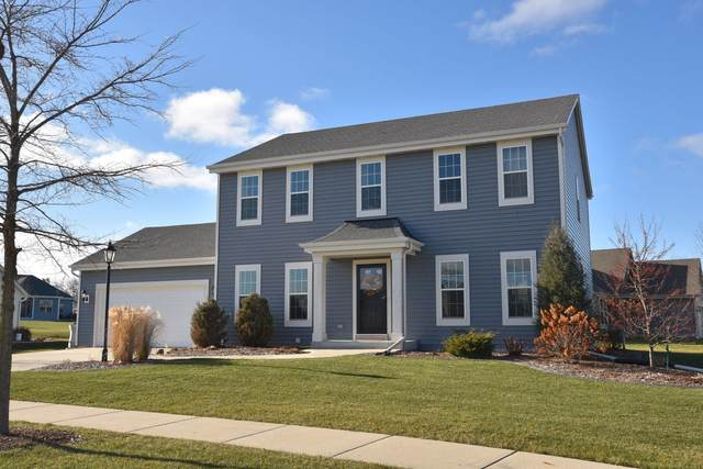 N173W20585 Crestview Dr, Jackson, WI 53037 (#1720294) :: RE/MAX Service First