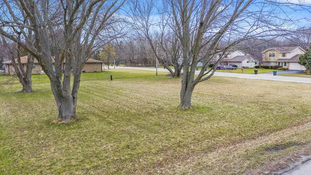 1420 Fireside Dr, Caledonia, WI 53402 (#1720326) :: RE/MAX Service First
