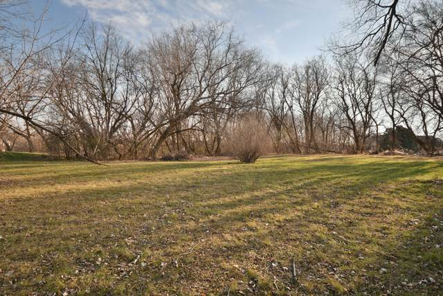 Lot 1 Pebble Valley Rd, Waukesha, WI 53188 (#1720513) :: RE/MAX Service First