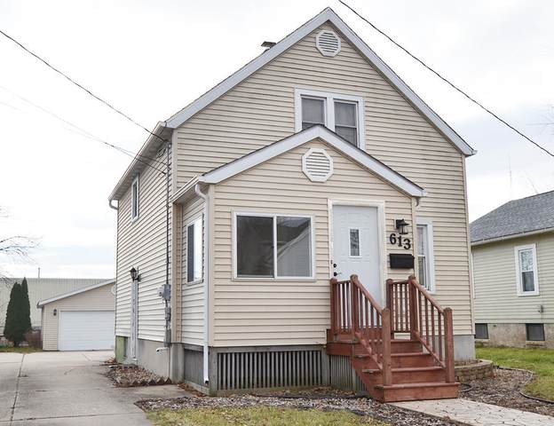 613 Lafayette St, Watertown, WI 53094 (#1720553) :: RE/MAX Service First