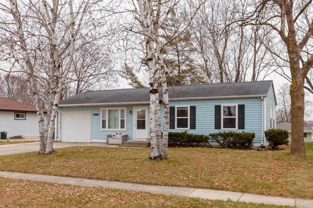921 St  Helena Rd, Horicon, WI 53032 (#1720889) :: OneTrust Real Estate