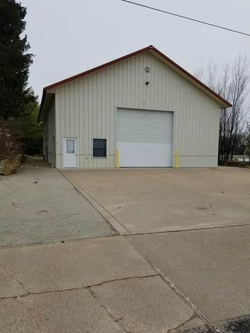 729 W Decker St, Viroqua, WI 54665 (#1720988) :: Tom Didier Real Estate Team