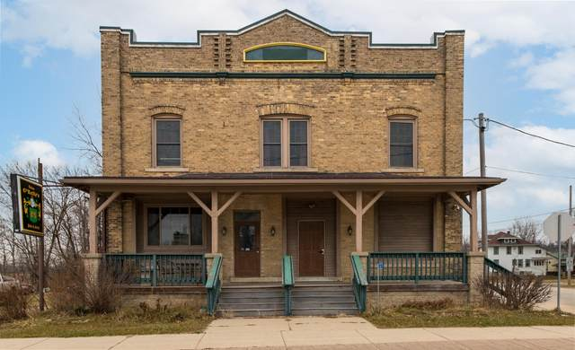 402 Main St, Addison, WI 53002 (#1720999) :: Tom Didier Real Estate Team