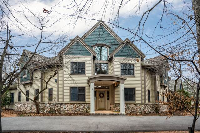 10903 N Beechwood Dr, Mequon, WI 53092 (#1721009) :: RE/MAX Service First