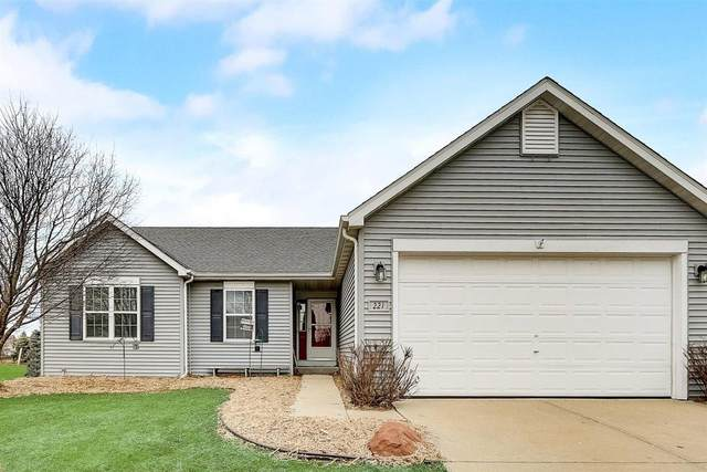 221 Brookstone Dr, Lake Mills, WI 53551 (#1721034) :: RE/MAX Service First