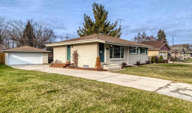 3200 Wheelock Dr, Racine, WI 53405 (#1721607) :: RE/MAX Service First