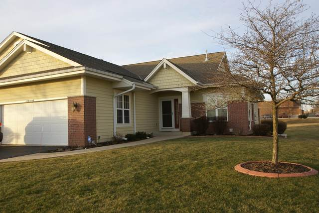 S70W15750 Sandalwood Dr, Muskego, WI 53150 (#1722038) :: RE/MAX Service First