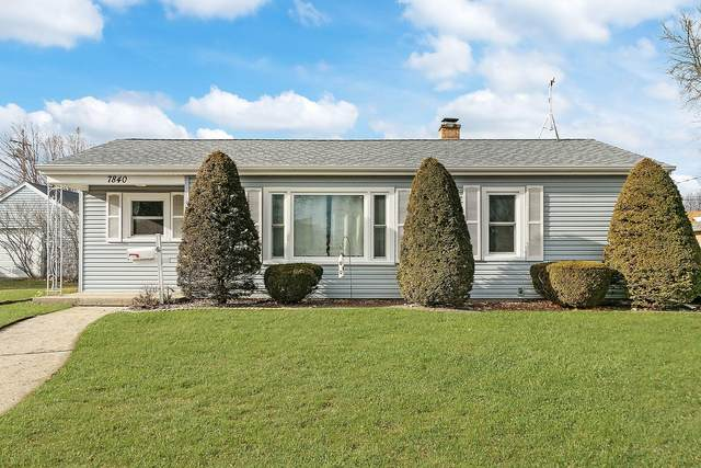 7840 20th Ave, Kenosha, WI 53143 (#1722471) :: Tom Didier Real Estate Team